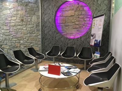 Sala de espera  Centro Médico Gros Donosti San Sebastián