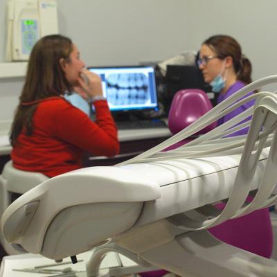 Trato personal y profesional es la seña de identidad de Clínica Dental Leví Cuadrado - Centro Médico Gros Donosti San Sebastián